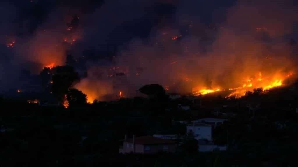4 Greece Wild Fires 1024x576
