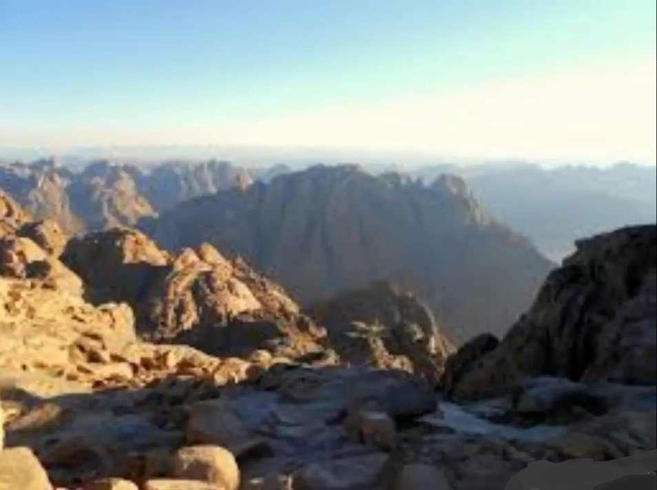 Mount Sinai1