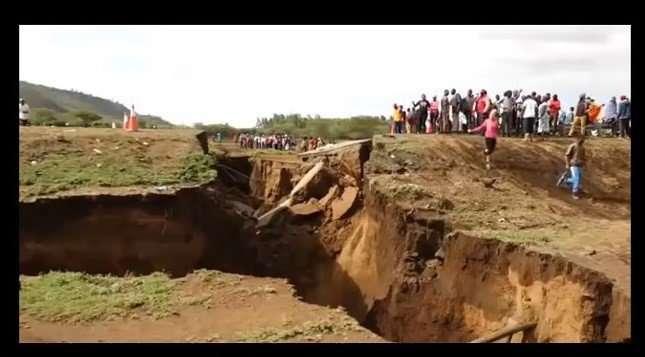Kenya Cracks2